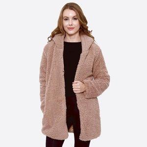 Jackets & Blazers - NWT Super Soft Beige Hooded Sherpa Coat